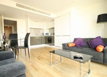 Thumbnail 1 bed flat to rent in The Landmark, East Tower, 24 Marsh Wall, London