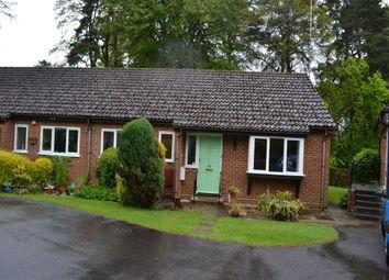 Thumbnail 2 bed property to rent in Beacon Gardens, Fleet