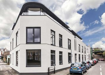 Thumbnail 1 bed flat to rent in Bridge End Close, Kingston Upon Thames