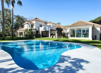 Thumbnail 5 bed villa for sale in Guadalmina Baja, San Pedro De Alcantara, Malaga, Spain