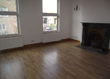 Thumbnail 4 bed flat to rent in Shoreditch High Street, London