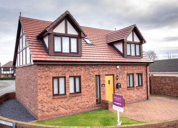 Thumbnail 4 bed detached house for sale in Holywell Crescent, Kinmel Bay, Rhyl