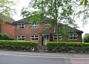 Thumbnail 1 bed flat to rent in High Street, Heathfield