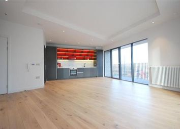 Thumbnail 2 bedroom flat for sale in Albion House, London City Island, London