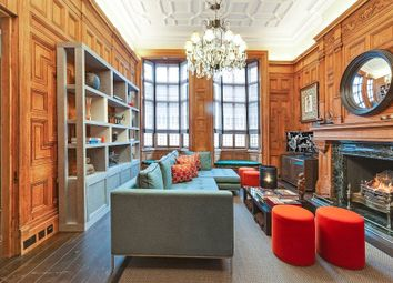 Thumbnail 1 bed flat to rent in Cadogan Square, Knightsbridge, London