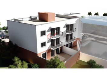 Thumbnail 3 bed apartment for sale in Moncarapacho E Fuseta, Moncarapacho E Fuseta, Olhão