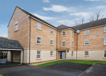 Thumbnail 2 bed flat for sale in Old College Road, Newbury