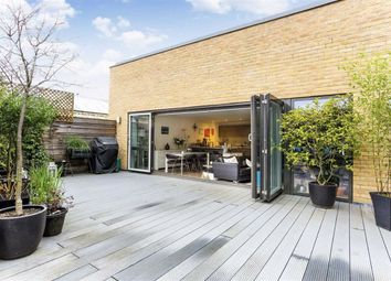 3 bed flat for sale in Rushworth Street, London SE1