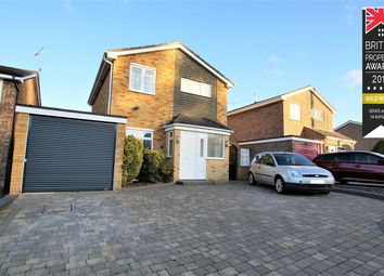 Thumbnail 3 bed detached house for sale in York Road, Rayleigh