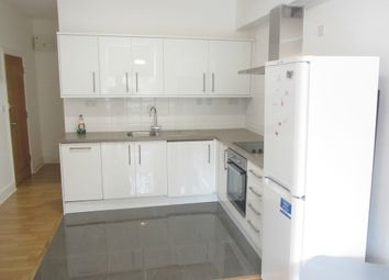 Thumbnail 1 bed flat to rent in Hackney Road, Shoreditch