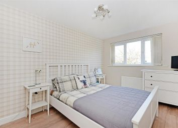 Thumbnail 2 bedroom flat for sale in Kenninghall Road, Sheffield