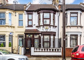 Thumbnail 3 bedroom flat to rent in Waghorn Road, London