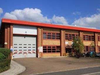 Thumbnail Light industrial to let in Unit 13, St Martins Business Centre, St Martins Way, Bedford, Bedfordshire