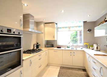 Thumbnail 2 bedroom flat to rent in Woodhurst South, Ray Mead Road, Maidenhead