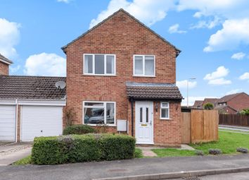 Thumbnail 3 bedroom detached house for sale in Hebdon Close, Thatcham