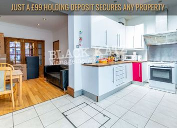 4 bed town house to rent in Sandford Avenue, London N22