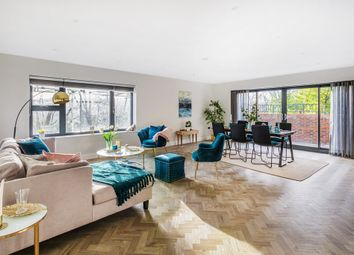 Thumbnail 2 bed flat for sale in Sequoia, Church Hill, Caterham