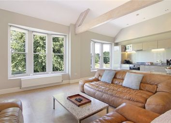 Thumbnail 2 bed flat to rent in West Place, London