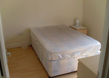 Thumbnail Room to rent in Browning Avenue, Worcester Park