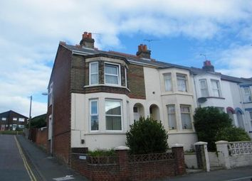 Thumbnail 2 bed property to rent in Pelham Road, Cowes