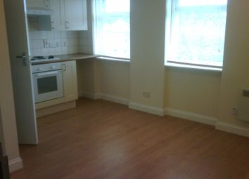 Thumbnail Studio to rent in Old Kent Road, Elephant And Castle