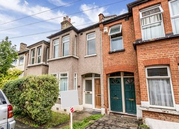 Thumbnail 2 bedroom flat for sale in Prospect Road, Woodford Green