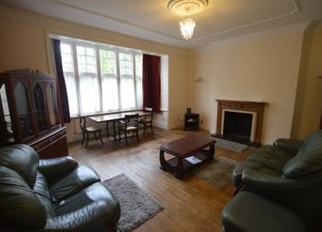 Thumbnail 2 bed flat to rent in London Road, Stoneygate