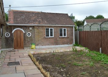 Thumbnail 1 bed bungalow to rent in Winchester Road, Fair Oak, Eastleigh