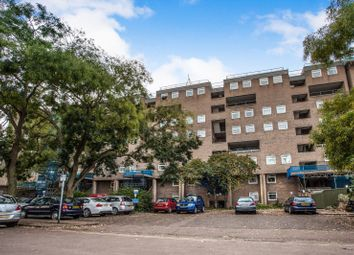 Thumbnail 2 bed flat to rent in Hanover Court, Cambridge