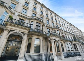Thumbnail 3 bed flat to rent in Ennismore Gardens, London