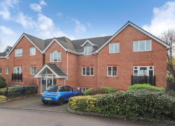 Thumbnail 2 bed flat for sale in Convent Court, Cobbetts Rid, Tring