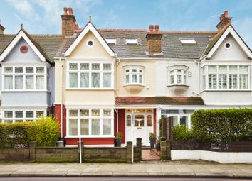 Thumbnail 4 bed property to rent in Clapham Common West Side, Battersea