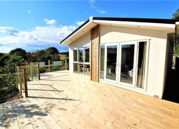 2 bed mobile/park home for sale in Applegrove Lodges, Burniston, Scarborough YO13
