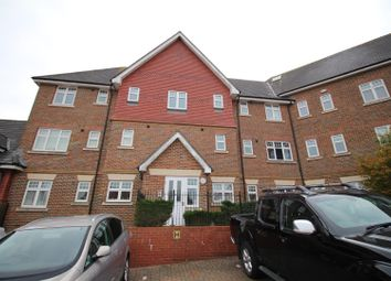 Thumbnail 2 bed flat to rent in Gravelly Field, Singleton, Ashford