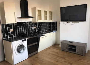 Thumbnail 2 bed flat to rent in Barton Road, Salford