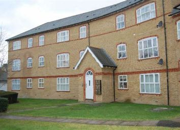 Thumbnail 1 bed flat to rent in Chamberlayne Avenue, Wembley, Middlesex