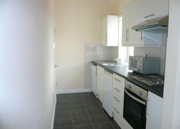 Thumbnail 1 bedroom flat to rent in St Michaels Avenue, Yeovil