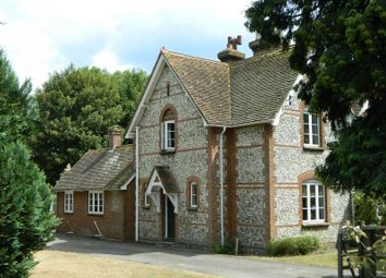 Thumbnail 3 bed cottage to rent in Shere Road, West Clandon, Guildford