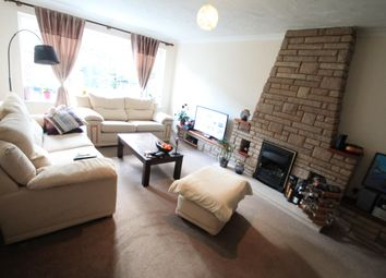 Thumbnail 4 bed property to rent in Flint Close, Luton