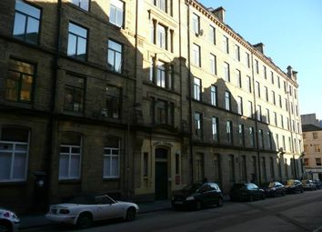 Thumbnail 1 bed flat to rent in Piccadilly, Bradford