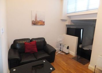 Thumbnail Studio to rent in Beauclerc Road, Hammersmith, London