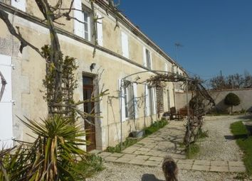 Thumbnail Commercial property for sale in St-Agnant, Charente-Maritime, France