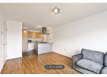 Thumbnail 1 bed flat to rent in Park View Court, London