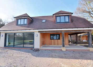 Thumbnail 2 bedroom detached house to rent in Norwood Lane, Iver