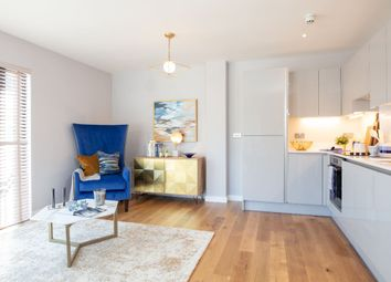 Thumbnail 3 bedroom flat for sale in Wapping Wharf, Bristol