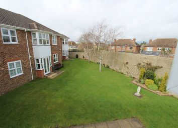 Thumbnail 2 bed flat for sale in Chalk Road, Gravesend