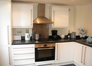 Thumbnail 1 bed flat to rent in Lower Guildford Road, Knaphill, Woking