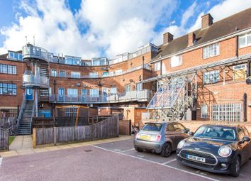 Thumbnail 2 bedroom flat for sale in Kings Court, Easton Street, High Wycombe