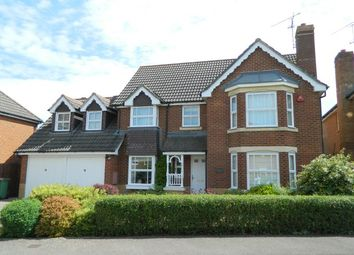 Thumbnail 4 bed property to rent in Elgar Way, Horsham