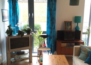 Thumbnail 2 bedroom flat for sale in Caledonian Road, Islington